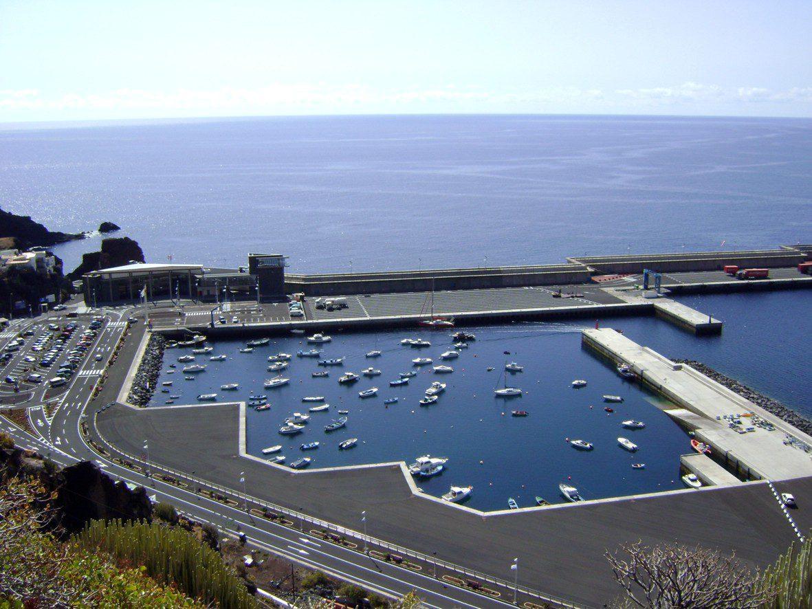 dársena deportiva puerto de La Estaca.jpg