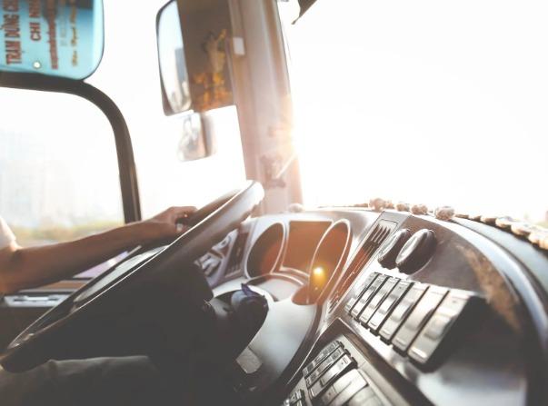 Kierowca ciężarówki zmarł w trakcie jazdy