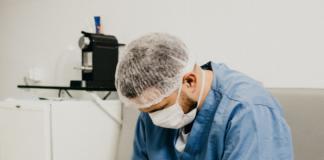 pielęgniarka o koronawirusie