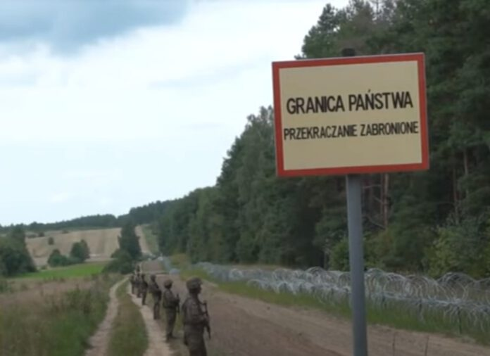 Polscy o uchodźcach i granicy polsko - białoruskiej