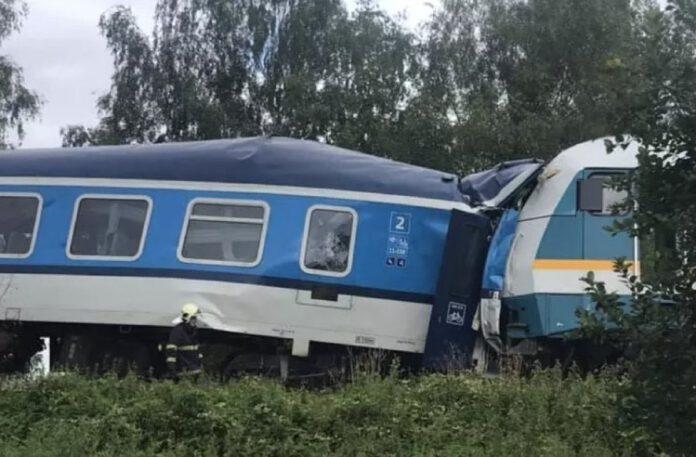 zderzenie pociągów